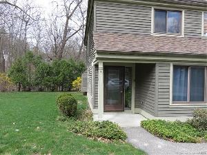 25 Riveredge Dr, Winchester, CT 06098